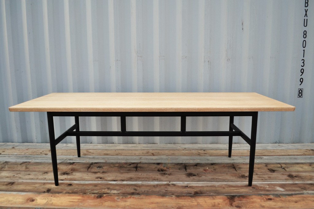 Matbord ek-svart